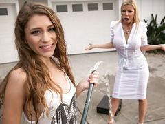 Mom needs her clean car! - rebel lynn, alexis fawx videos