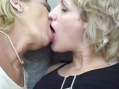 Old and young lesbians keep it in a family movies