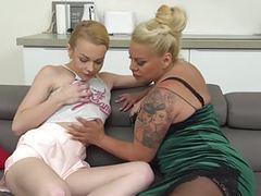 Small boobs vs big tattas ttt movies at find-best-ass.com