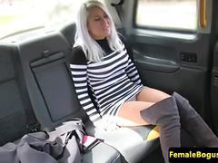 Tattooed cabbie les pussylicking dyke babe movies