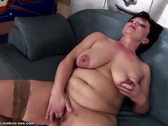 Mature queen mom gets her pussy destroyed by fists movies
