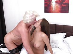 Lesbian grannies lick and fuck young girls videos