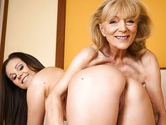 Szuzanne and liza shay playing with each other's pussies movies at adipics.com