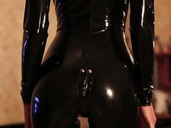 A latex girl ( black latex...thigh high pac boots) movies at freekiloporn.com