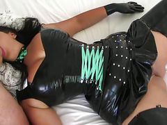 Slutty mature goth fucked in latex pussy cumshot videos