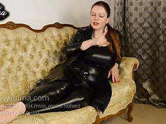 Lack fetisch leggins high heels domina gibt worship anweisun movies at find-best-hardcore.com