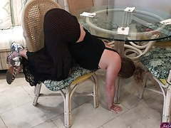 Stepmom stuck under the table - erin electra videos