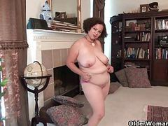 Best of american milfs part 18 movies at find-best-mature.com