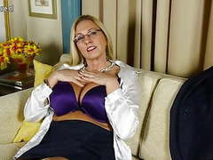 Big breasted american whore mom with shaved pussy movies at find-best-mature.com