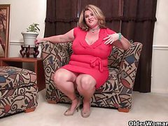 Next door milfs from the usa part 20 videos