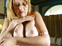 American mom with nice tits and pussy movies at lingerie-mania.com