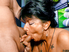 Letsdoeit - horny germany granny loves fucking on the couch tubes