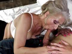 Hot mature mother fucked by young not her son tubes