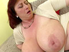 Mature queen mom with big tits and hungry cunt videos