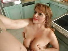 Busty mummy gets it in her arse clip