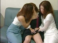The best 3 japanese girls tongue kissing sex scene movies at find-best-videos.com