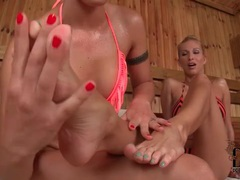 Toe sucking bikni girls in the sauna videos