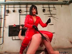Spanking abuse from sexy woman in latex videos