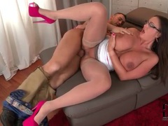 Heels and stockings on curvy babe he bones movies at lingerie-mania.com