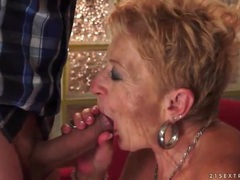 Granny cocksucker fucked in wet old pussy videos