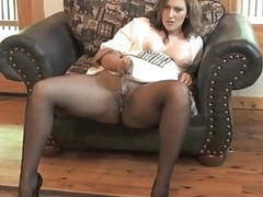 Sexy milf getting off in seamless pantyhose movies at freekiloporn.com