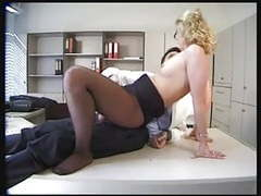 Sexy patient in black pantyhose gets fucked movies at lingerie-mania.com