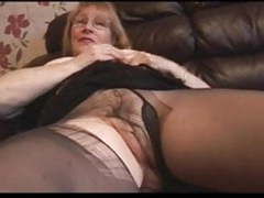 Granny pantyhose fingering movies at freekiloporn.com