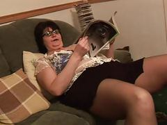 Mature bbw in short skirt rips her black pantyhose movies at find-best-tits.com
