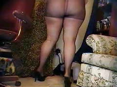Bbw on webcam puts on pantyhose (no sound) movies