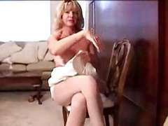 Mature in pantyhose masturbation movies at find-best-babes.com