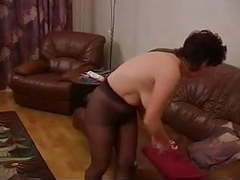 A milf just paints her nails and puts her pantyhose on movies