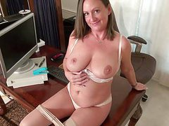 American milf brandi offers an insight into her life videos
