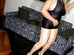 Sexy granny in shiny pantyhose movies at lingerie-mania.com