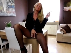Pantyhose anal smoking ejecutive videos