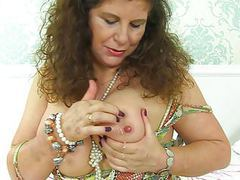 English milf gilly pleasures her large boobs and wet cunny movies at find-best-tits.com