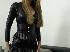 Black shiny outfit and pantyhose movies at kilopics.net