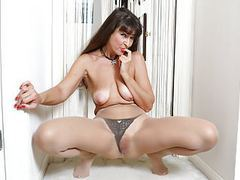 American milf natasha belinsky fingers her tight ass movies at find-best-videos.com