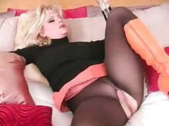 3-11-14 blondie orange boots and black pantyhose movies at freekiloclips.com