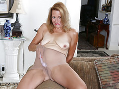 American milf jayden matthews dildos her mature pussy movies at find-best-panties.com