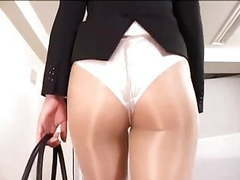 Officelady in sheer pantyhose movies at kilopics.net