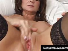 Texas cougar deauxma squirts her juice while dildo banging! movies