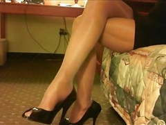 Shiny pantyhose legs movies at kilopills.com