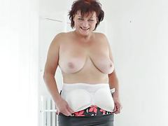 Euro gilf danja works her shaven cunt with her fingers movies