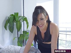 Step-mom wakes son for cock and creampie s7:e2 movies at find-best-babes.com