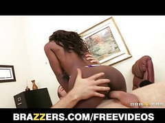 Ebony lingerie model puts in overtime movies at kilopics.com