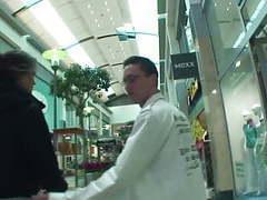 Teeny in der mall angesprochen und von 2 typen auf gefickt movies at kilopics.net