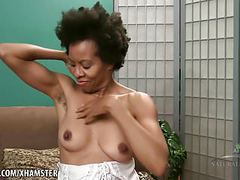 Hairy natural black goddess ariela shows her body movies at freekiloporn.com