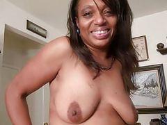 Ebony milf lexus lets you enjoy her comfortable body movies at find-best-lesbians.com
