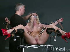 Bdsm xxx defiant sub gets masters wrath before squirting videos