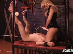 Sub get's machine pegged by and used by monicamilf - norsk clip